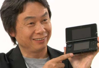 Miyamoto with a Black 3DS