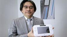 Iwata shows off the new Wii U controller