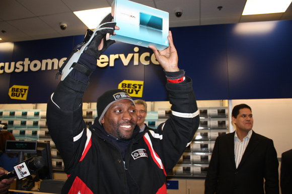 Best_Buy_3DS_Launch_event_pic.jpg
