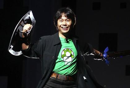 Miyamoto at E3 2004