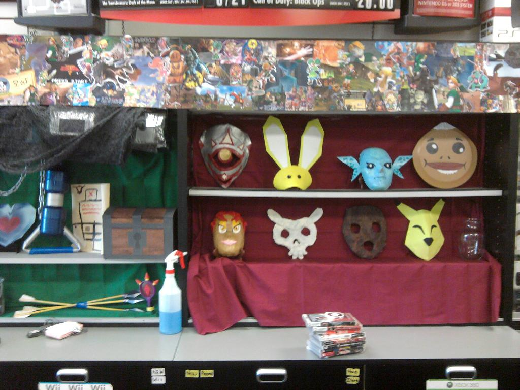 Crazy GameStop Ocarina of Time 3D Midnight Launch Party – Zelda ...