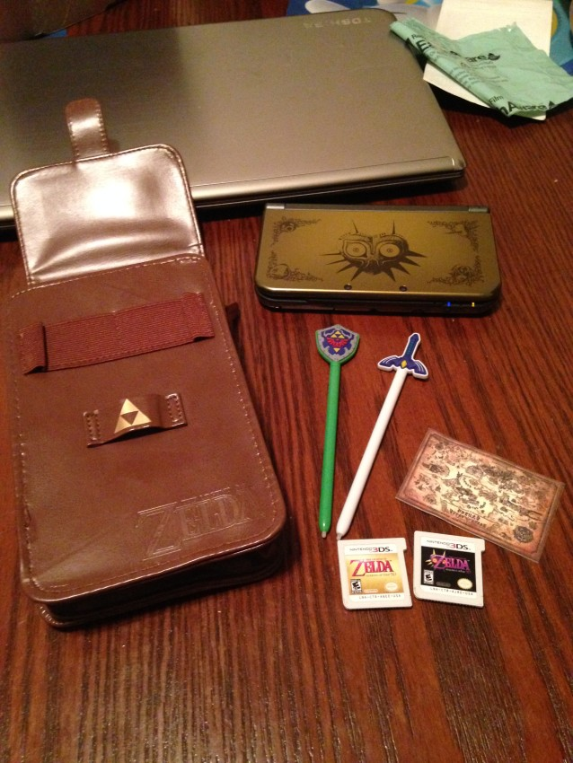 Using my Majora's Mask 3DS XL and Ocarina of Time and Majora's Mask games to see how it all fits together.
